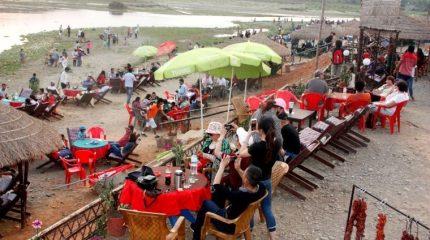 चितवनमा कोरोना सङ्क्रमणले घटे आधा पर्यटक
